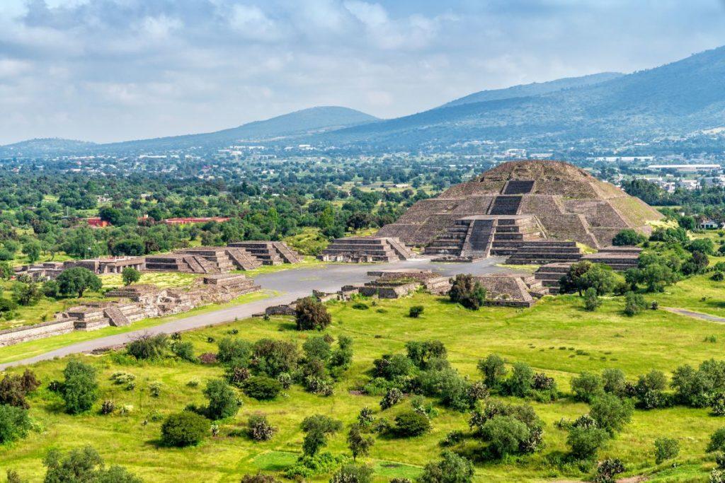ปิรามิดยอดนิยมในเม็กซิโก ตอนแรก